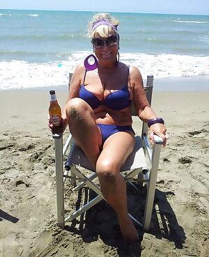 HOT SEXY - Italian mature milf - SEXY HOT