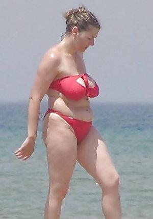 mature moms and milf in bikinis