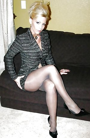 mature amateurs cougars and milfs 2