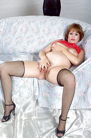 Pregnant Redhead Mature Big Areolas and Hairy Pussy