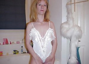 Only the best amateur mature ladies.26