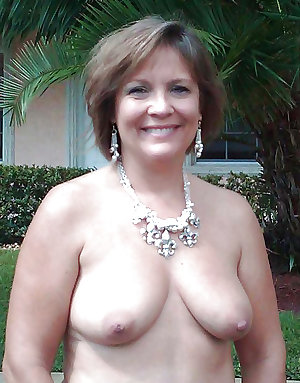 MILFS for your enjoyment 9