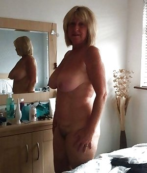 Matures moms aunts wives and gfs 159