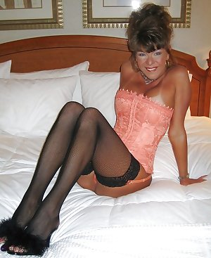 hotlegs-mature legs and more6