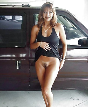 Sexy MILF's around the world 3