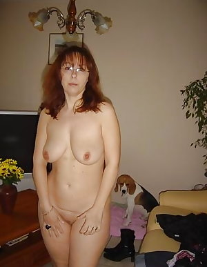 Sexy Curvy Mature French Wife Ann 3
