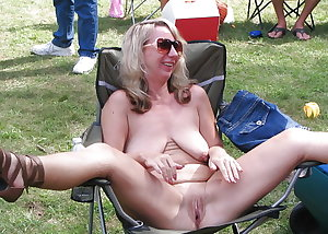 HOT, FILTHY MILFS & MATURES
