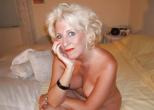 Only the best amateur mature ladies 96.