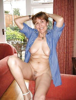 Only the best amateur mature ladies 96.