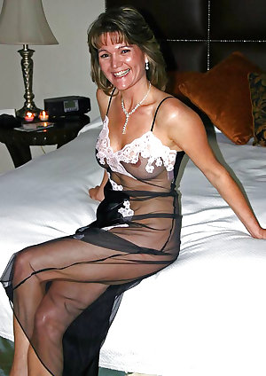 Only the best amateur mature ladies.45
