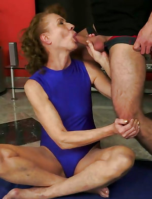 Mature Katherin sucks cock and get ass lick and fucked