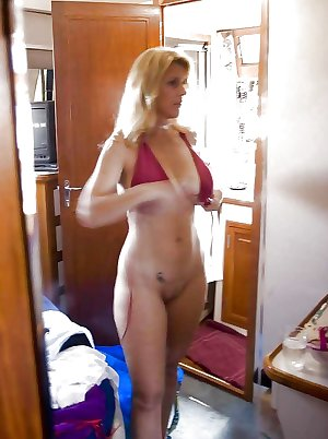 Amateur Mature Swinging Wives