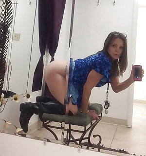 Sexy Busty Mature Milf Shelley