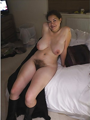 Mature Hairy Women 14