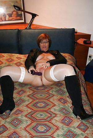 milf mom amateur 2
