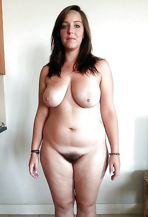 HAIRY PUSSY MILF WIFE MOMS